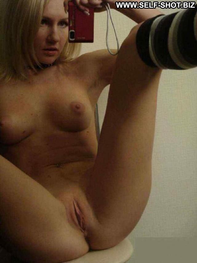 Horny art student lindsey cruz fucks nude male model 2
