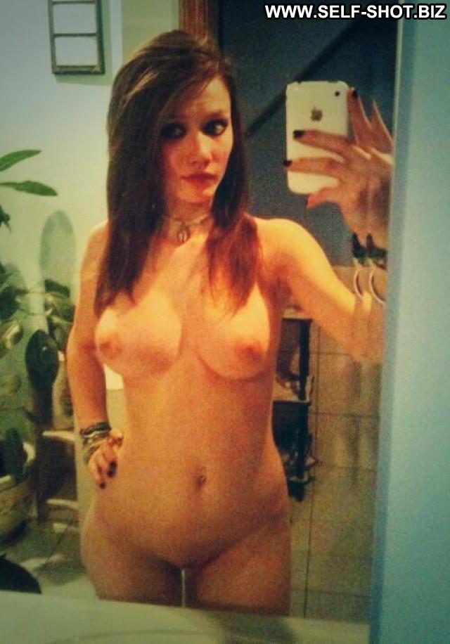 Vivian Stolen Pictures Amateur Babe Self Shot Beautiful Selfie