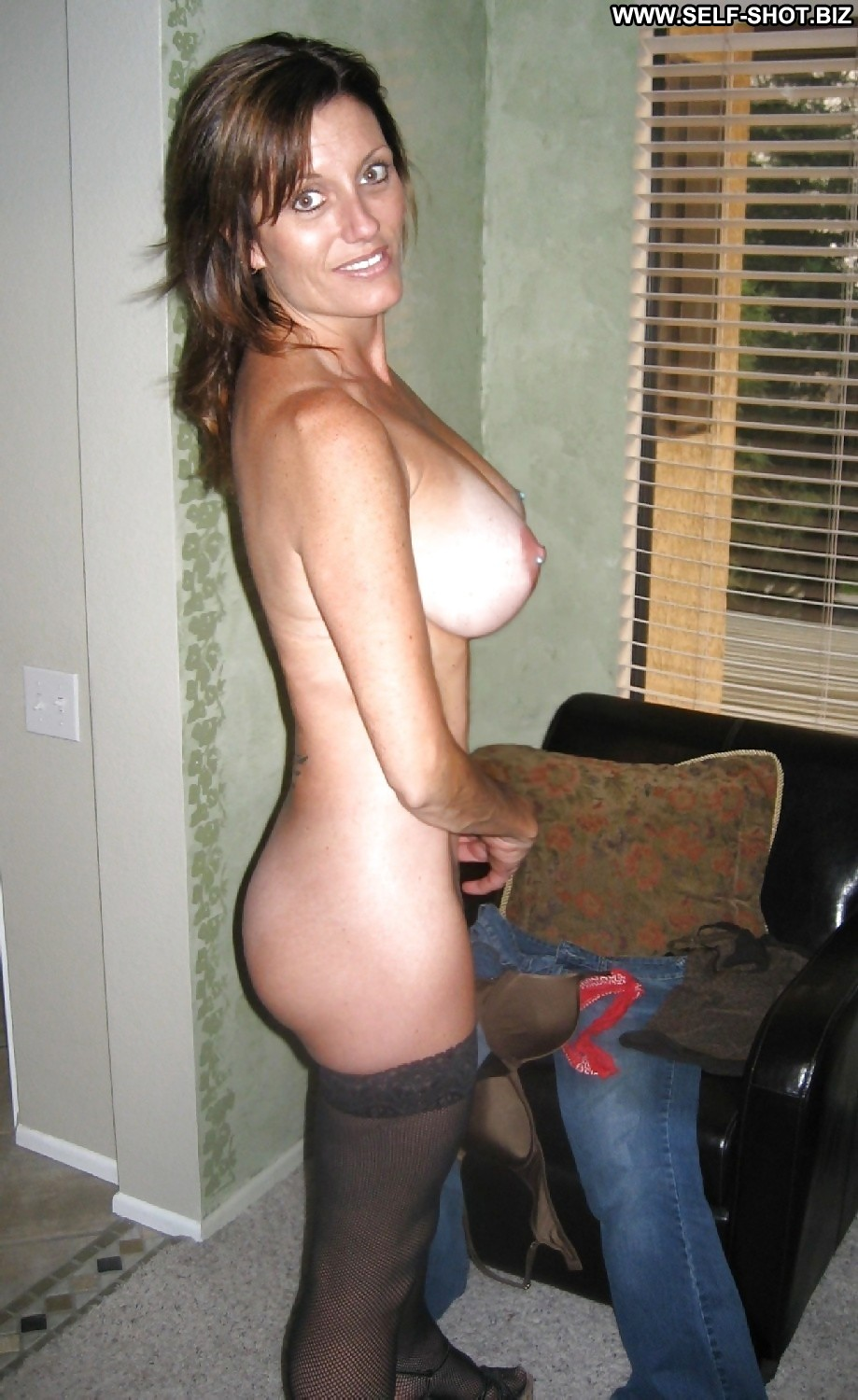 Cant decide busty real milf haven't