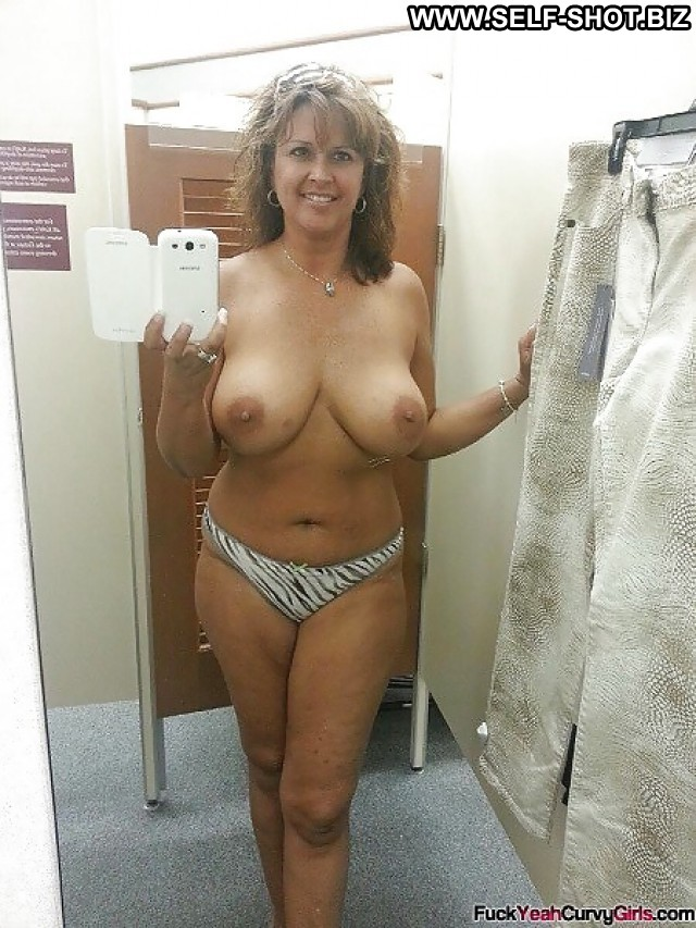 Amateur milf self shots