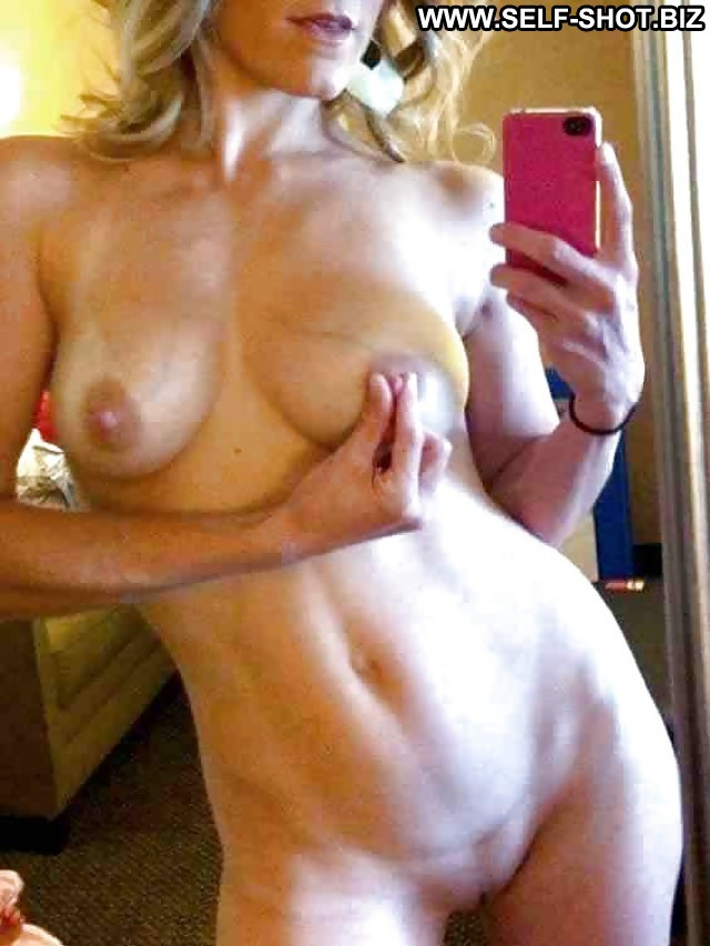 Lola Private Pictures Hidden Cam Selfie Voyeur Self Shot Flashing Hot