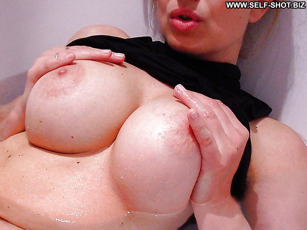 Huge tits mom video-6783