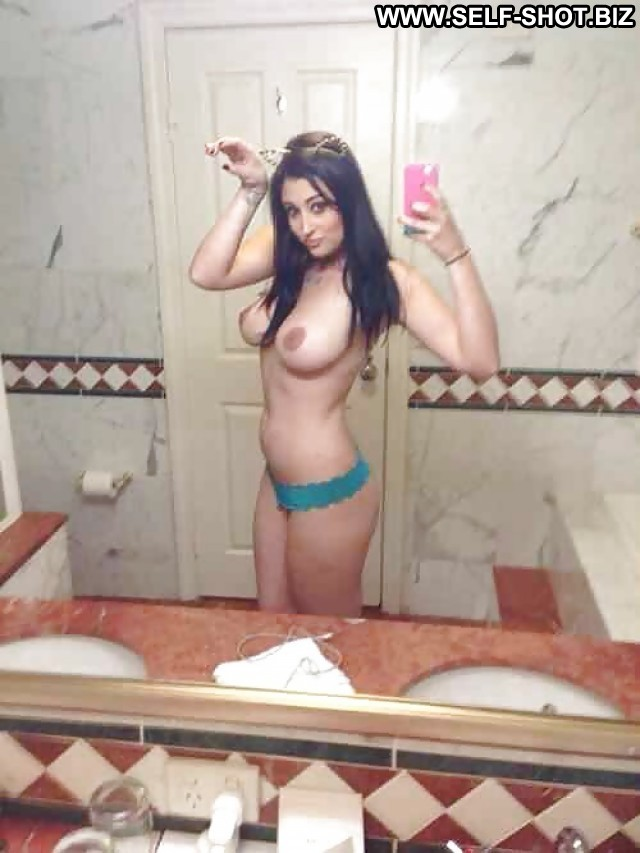 Priscilla Private Pictures Sexy Naughty Teens Self Shot Selfie