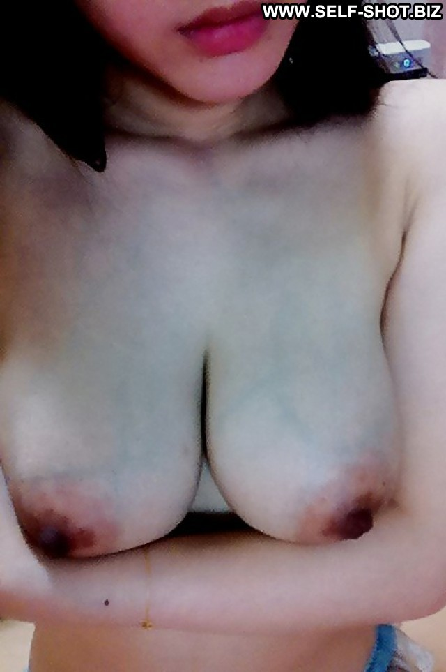 Clemencia Private Pictures Asian Self Shot Selfie Hot