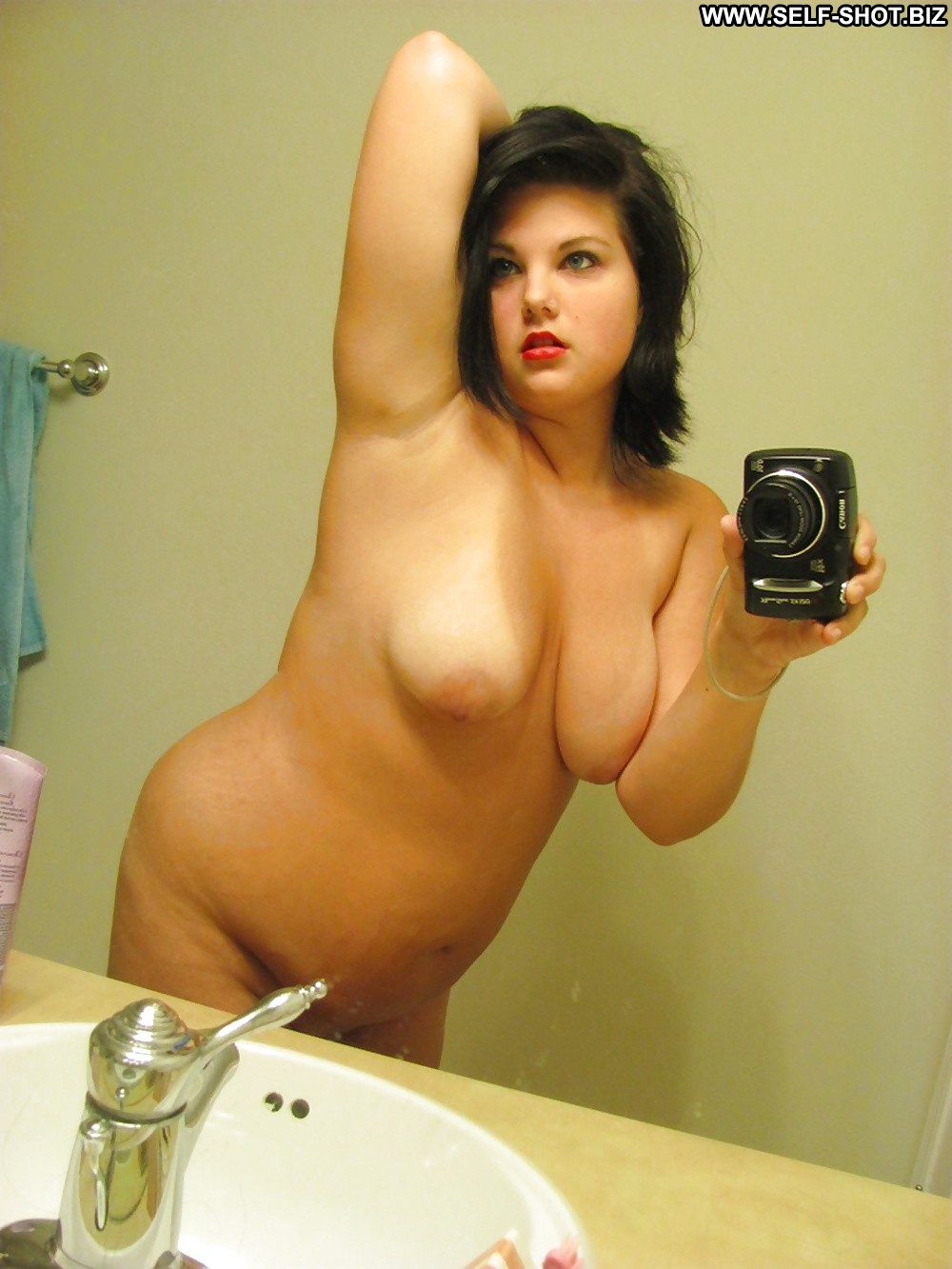 hot nude chubby self pic women