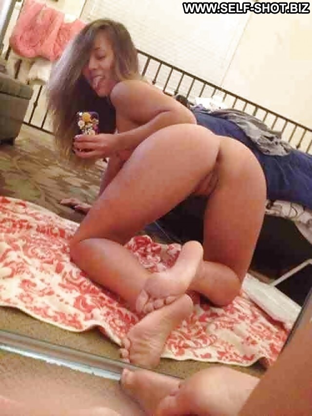 Camilla Private Pictures Teen Selfie Ass Slut Feet Hot Pussy Self