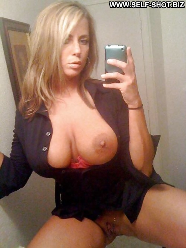 Stephani Private Pictures Milf Amateur Boobs London Black Selfie Self