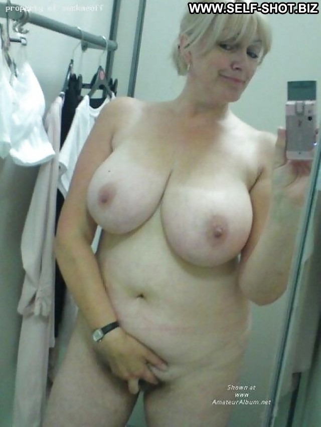 That Sexy self shot nude milf