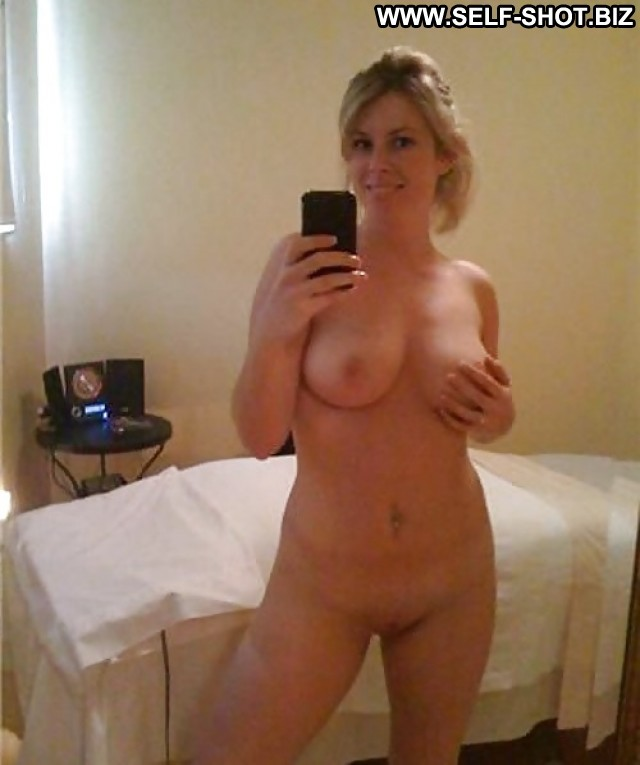 Pat Private Pictures Self Shot Amateur Army Milf Hot Selfie