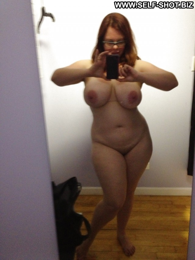 Milf in changing room