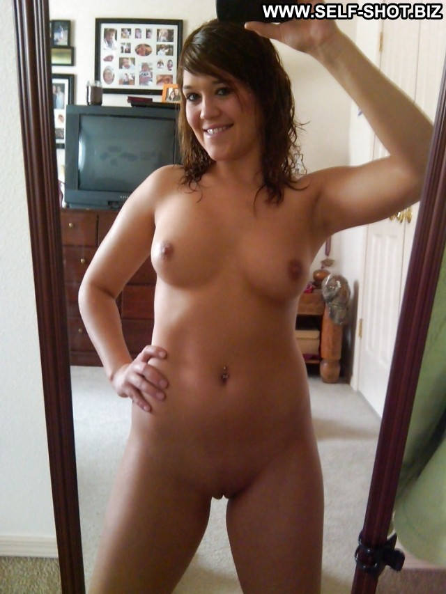 Self blonde pussy iphone nude shots