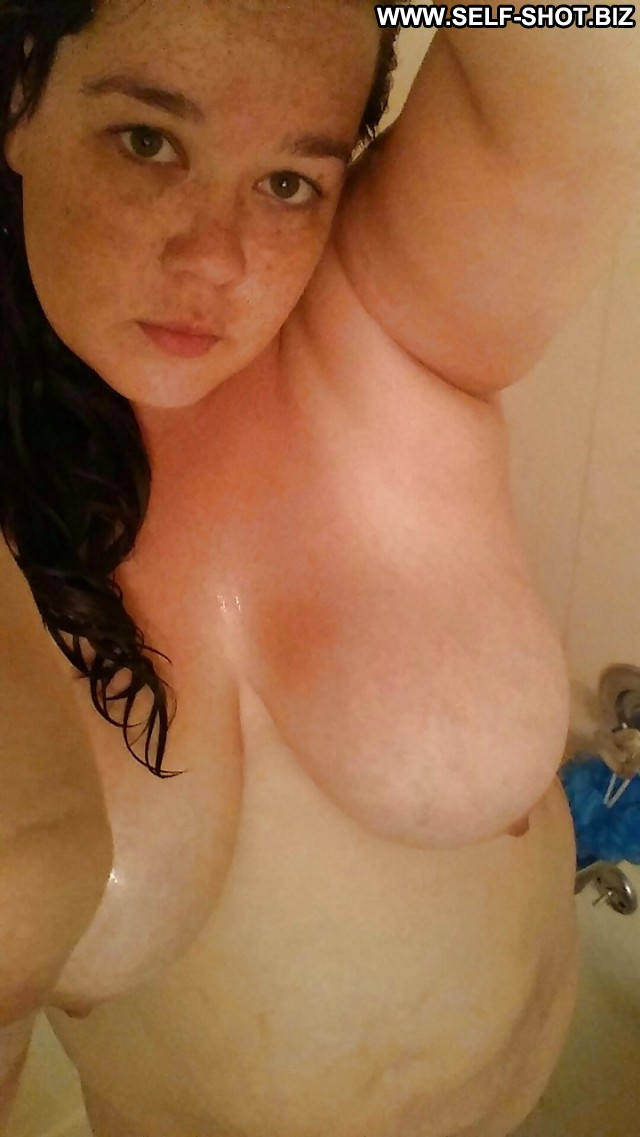 chubby girl cum shots