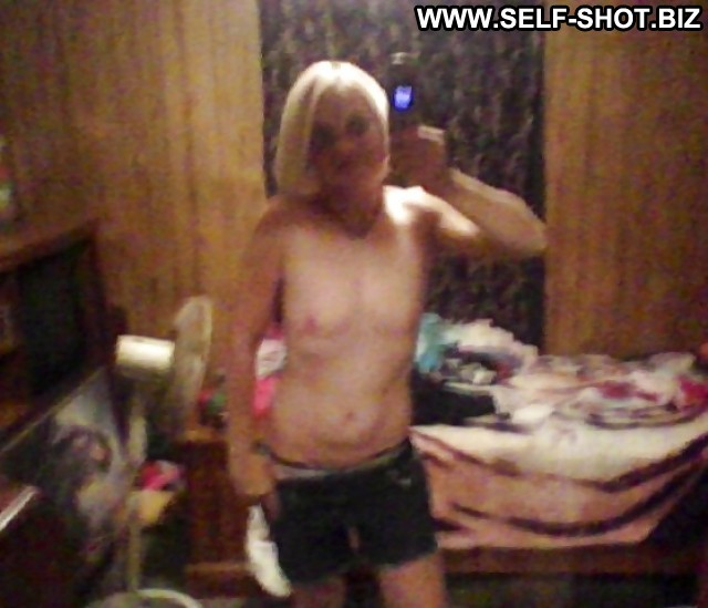 Ainslie Private Pictures Flashing Self Shot Amateur Sexy Hot Blonde