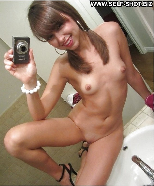 Annelle Private Pictures Teen Amateur Hot Selfie Self Shot Babe Doll