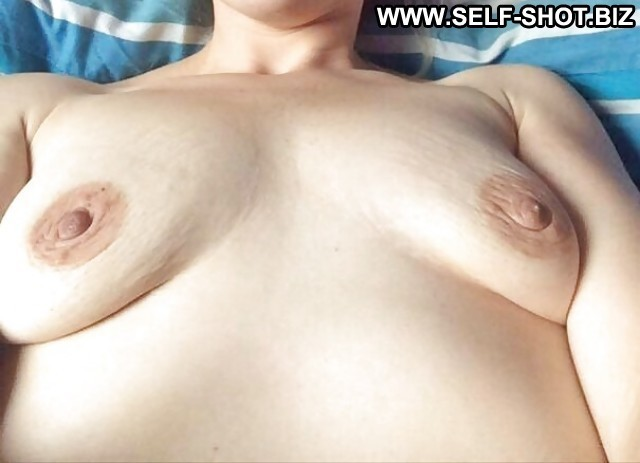 Joanne Private Pictures Hot Amateur Sexy Self Shot Bbw Wife Horny