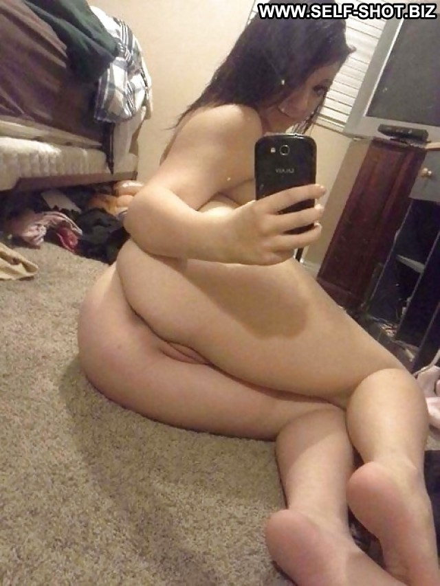 Queenie Private Pictures Teen Selfie Self Shot Amateur Hot Babe