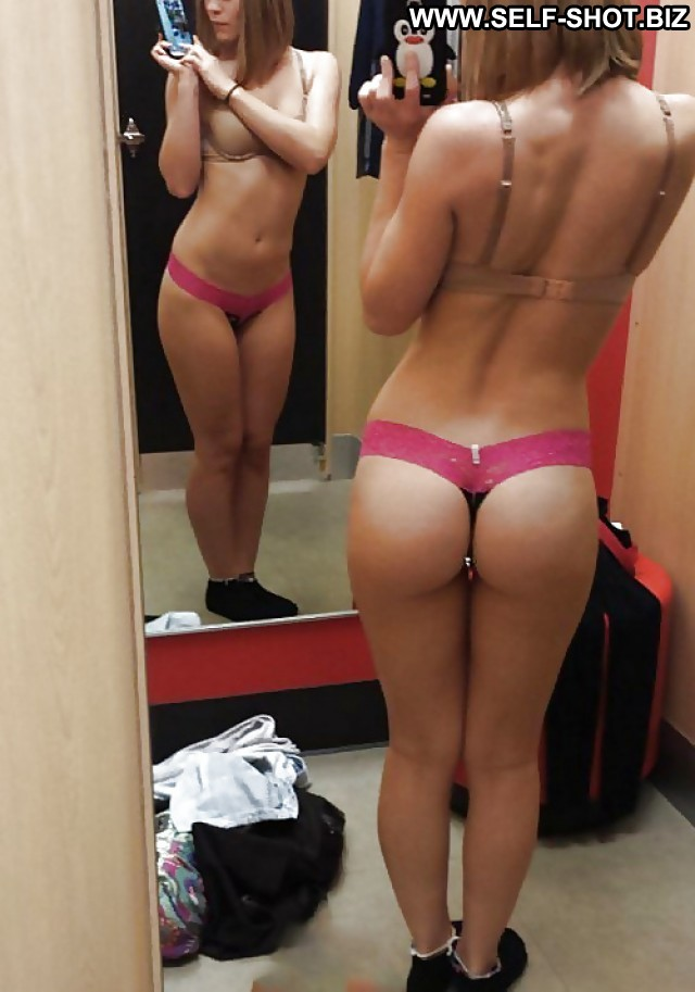 Amature boobs in dressing room pussy sex images