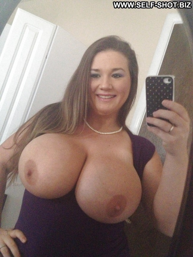 Lucinda Private Pictures Naughty Selfie Milf Rich Tits Teen Milfs Hot
