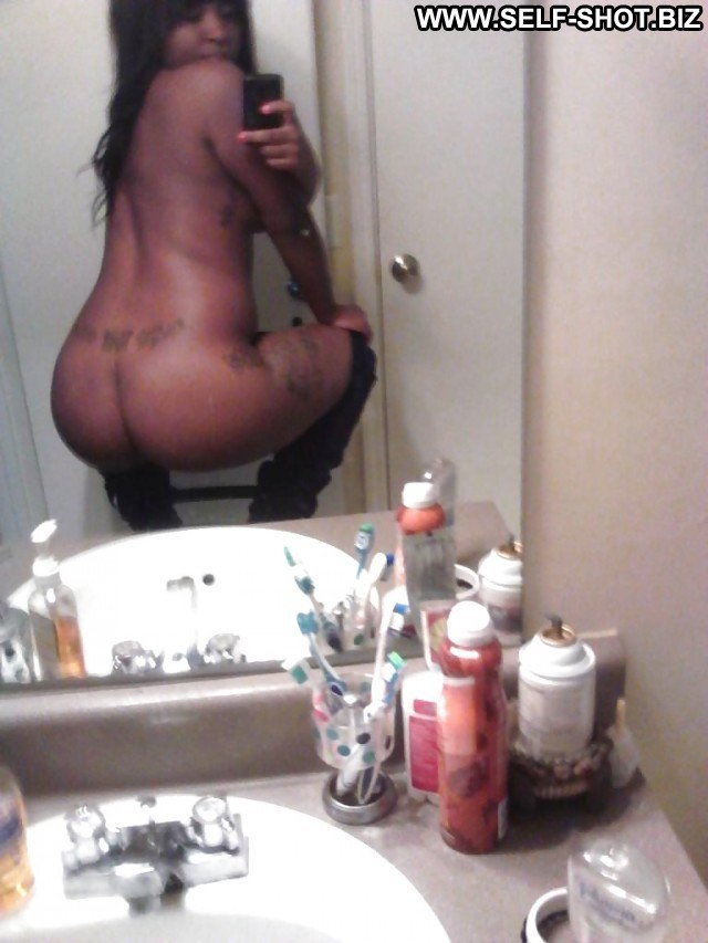 Carmella Private Pictures Ebony Self Shot Hot Amateur Selfie