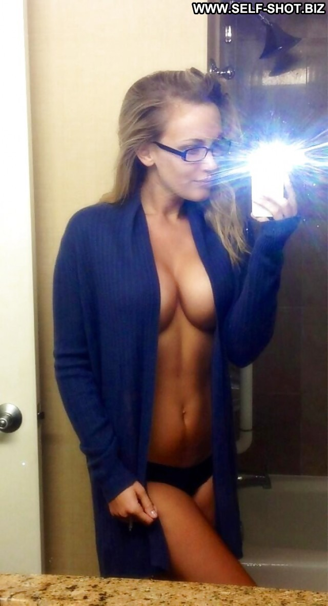 Raylene Private Pictures Hot Amateur Teen Self Shot Glasses Selfie