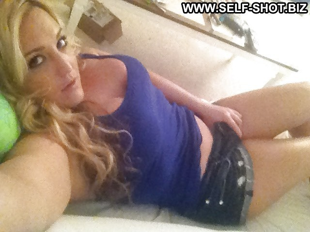 Romayne Private Pictures Self Shot Hot Blonde Amateur Naughty Babe