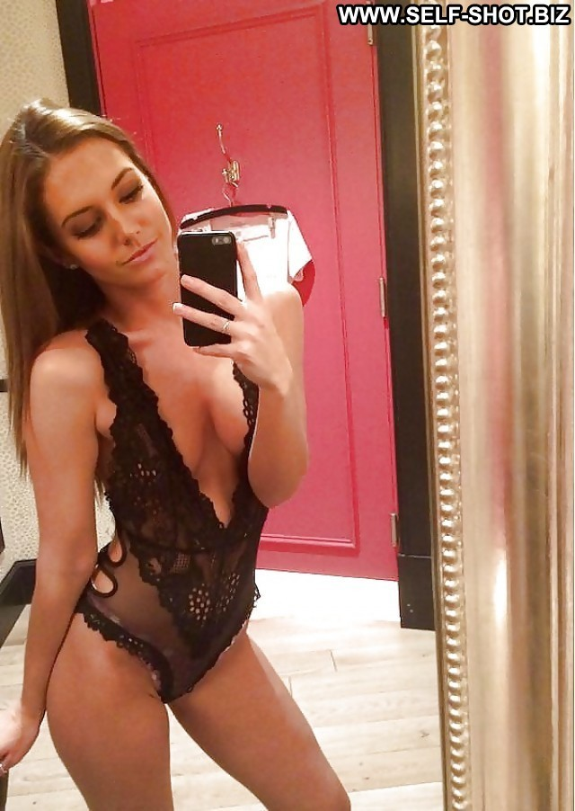 Dannette Private Pictures Public Teen Self Shot Hot Amateur Selfie